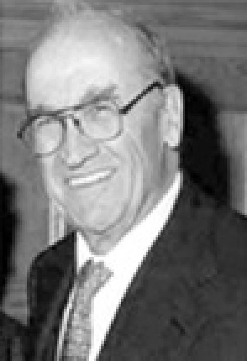 Miguel Artola Gallego