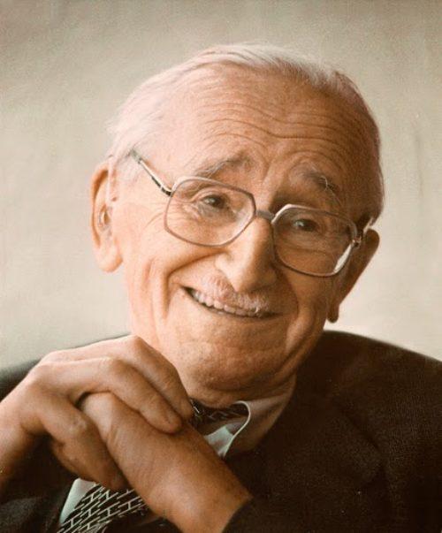 Friedrich Hayek    (1899 – 1992)