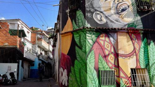 Crecimiento urbano y marginalidad en América Latina