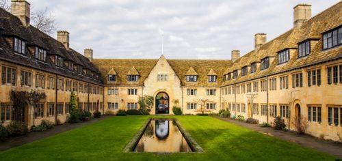 Convocatoria de encuentro en Oxford